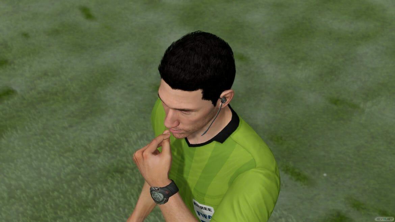 FIFA 21 árbitro
